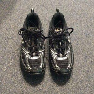 Skechers Black Shape UPS 8.5